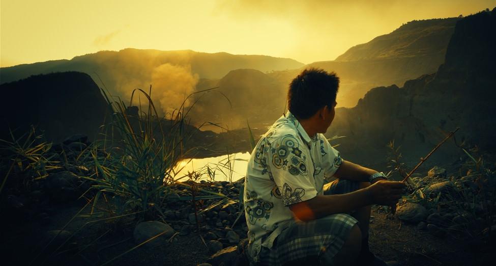 翡翠之城:紀錄片可以同時紀錄時代與紀錄家人和解的瞬間嗎?┃影評