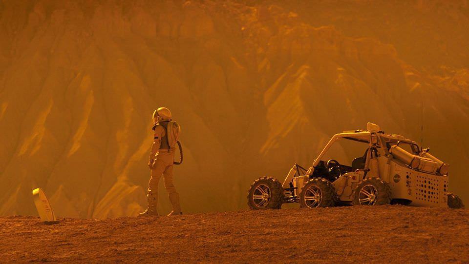 愛上火星男孩:復古又創新的有趣設定┃影評