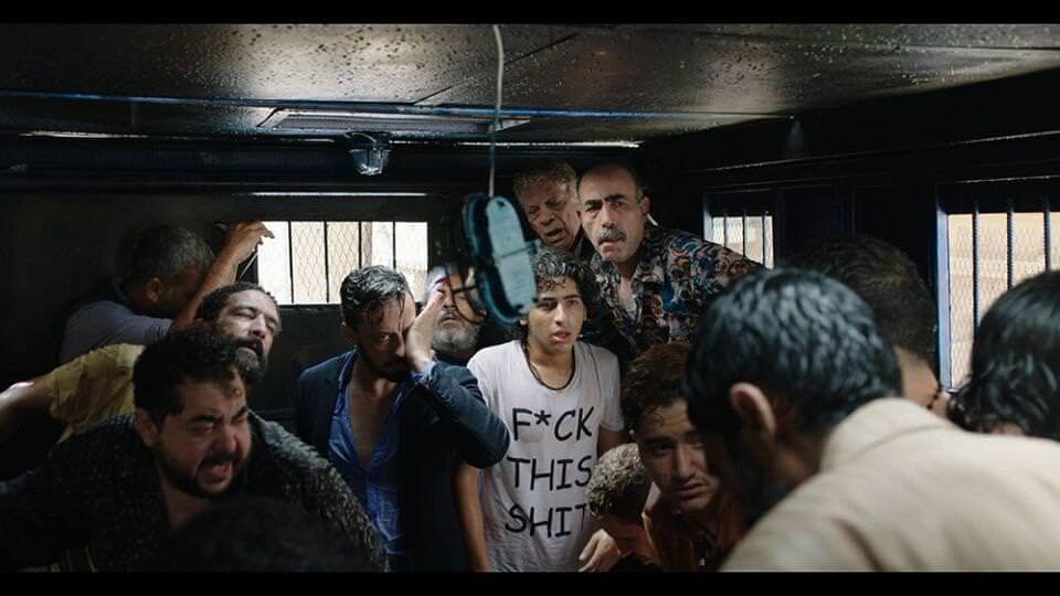 衝突的一天:小囚車、大世界┃影評