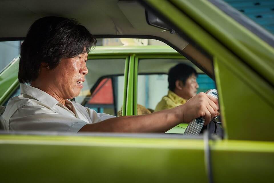我只是個計程車司機:缺漏的光州事件,飽滿好看的商業電影┃影評