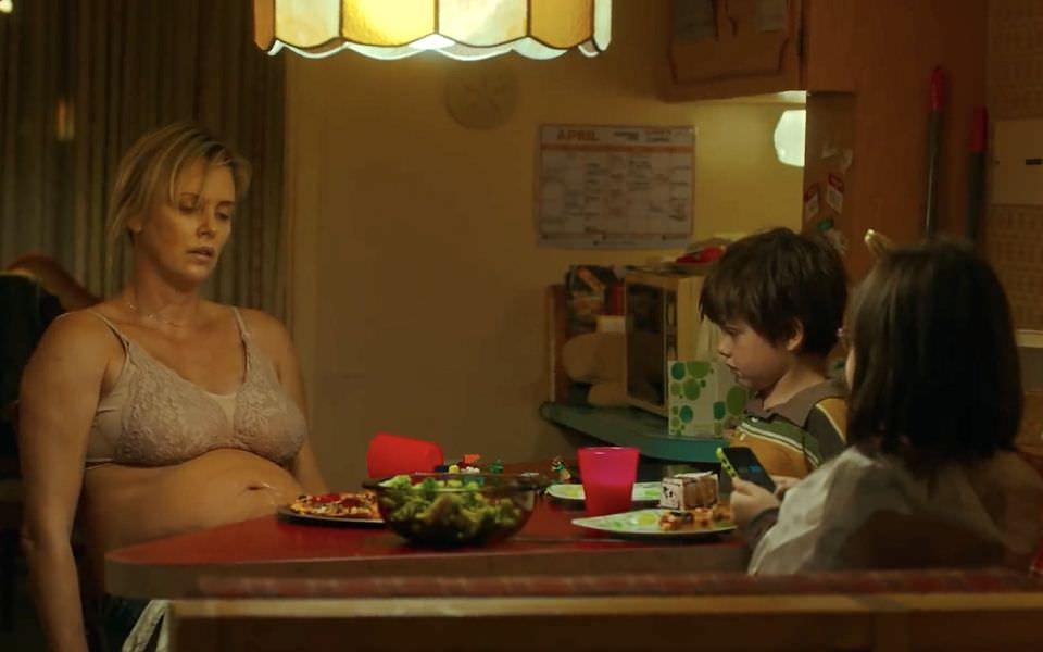 媽媽可以不要只有母親節快樂嗎?《厭世媽咪日記》和那些犧牲奉獻的偉大母愛電影┃電影專題