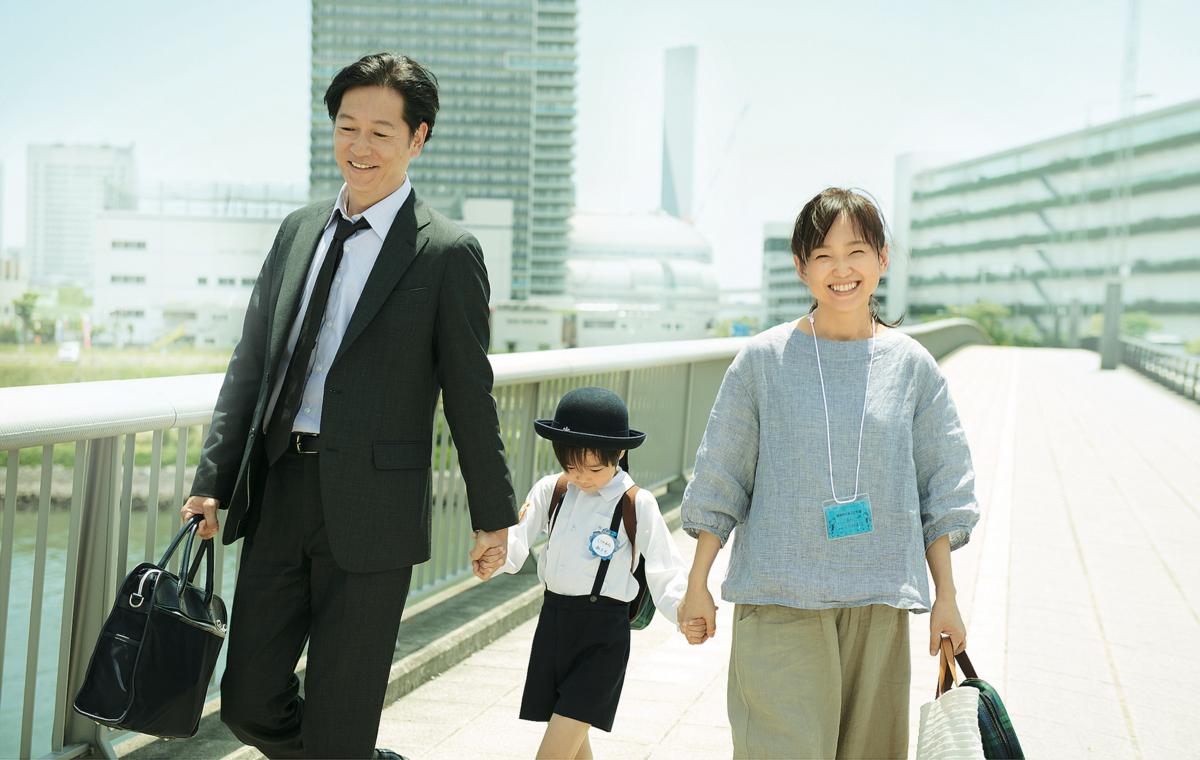 女導演河瀨直美《晨曦將至》端出是枝裕和《我的意外爸爸》另一種視角,細膩解構日本家庭價值文明後遺症 |影評|電影專題