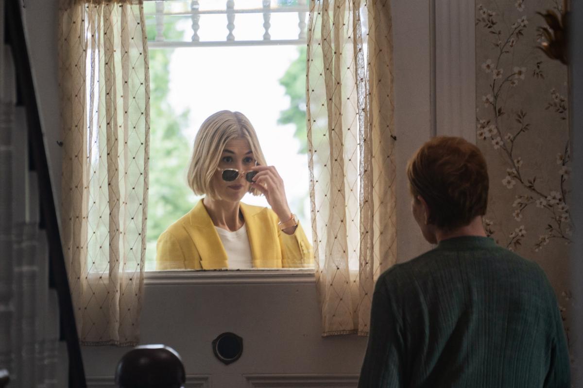 《詐欺女王》為好萊塢A咖女星演偷拐搶騙電影創高潮,羅莎蒙派克、安海瑟薇、珊卓布拉克和凱特布蘭琪全都來!|電影專題