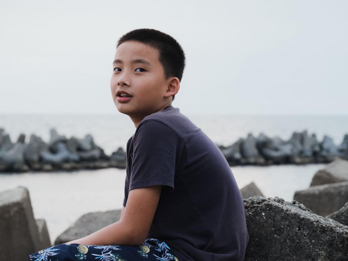這位童星太聰明!會挖礦投資比特幣!《野潮》導演呂柏勳新片〈懸日與掛月〉:2021高雄電影節專訪