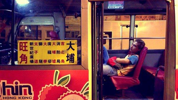 【那夜凌晨,我坐上了旺角開往大埔的紅VAN】香港電影,起飛
