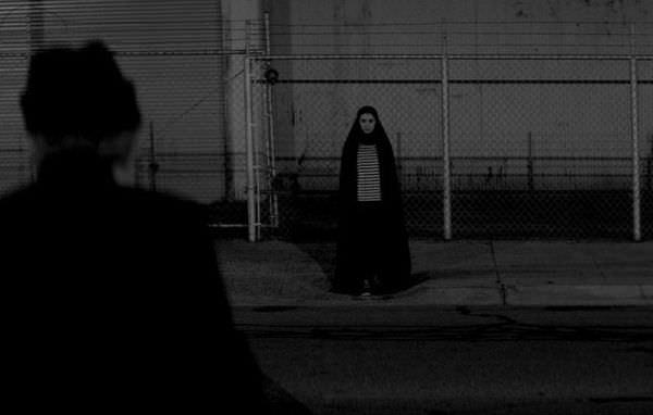【影評】《女孩半夜不回家》A Girl Walks Home Alone at Night